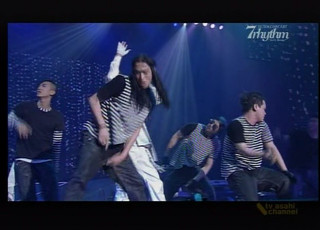 8.19.2007 TV Asahi: Se7en - 7rhythm Concert (excerpts) [2/2]