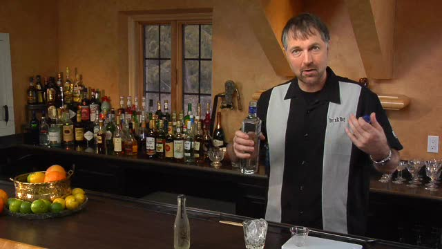 The Cocktail Spirit with Robert Hess - The Gin and Tonic