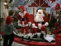 Frasier - Perspectives on Christmas