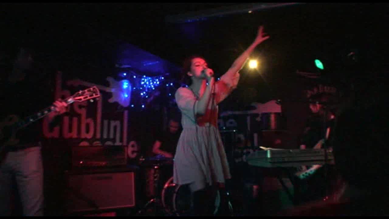 JOANA ANDTHE WOLF - 21/12/2008 London, THE DUBLIN CASTLE -