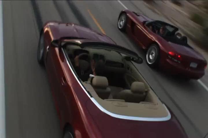 Dodge VIper vs. Jaguar XKR