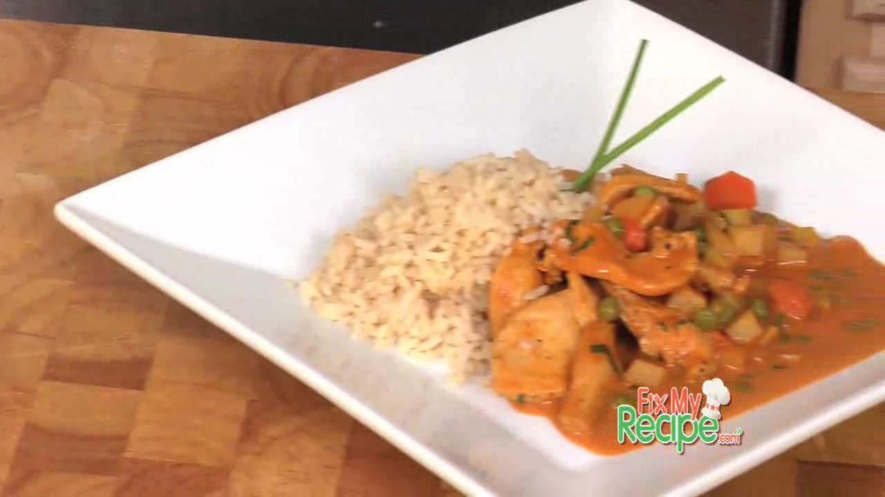 Curry Chicken with Fresh Vegetables and Rice