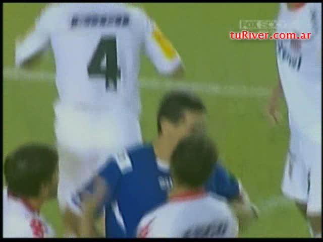 Falcao (2-1) vs San Martín de Tucumán 22-03-2009