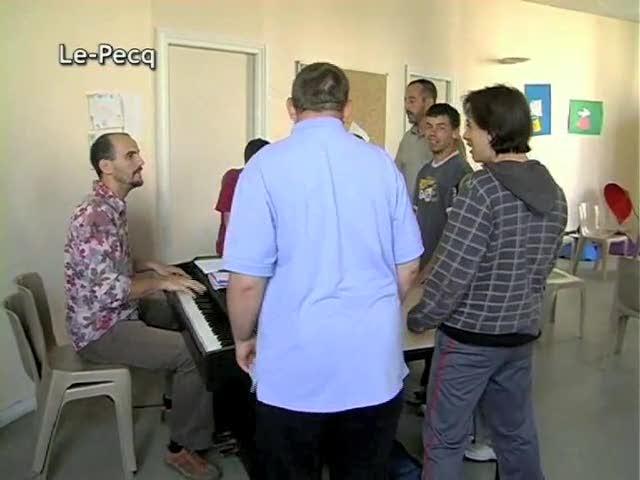 Atelier de Musique pr handicapes du Pecq par Michael Bougon (conservatoire du pecq 78