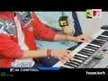 DBSK - Xiah playing the piano