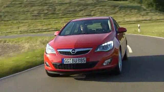 Opel Astra Trailer