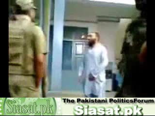 Video shows Pakistan army abuse