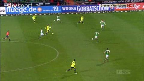Werder Bremen v VfL Wolfsburg