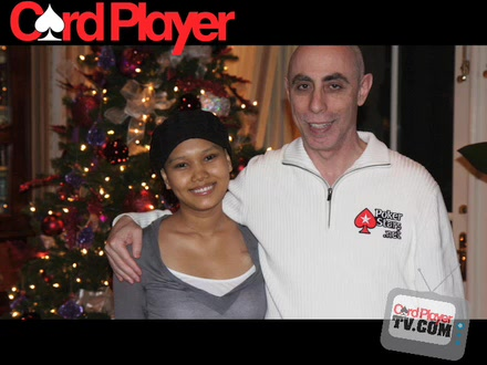 Poker Buzz -- Players Shave Heads For Thuy Doan