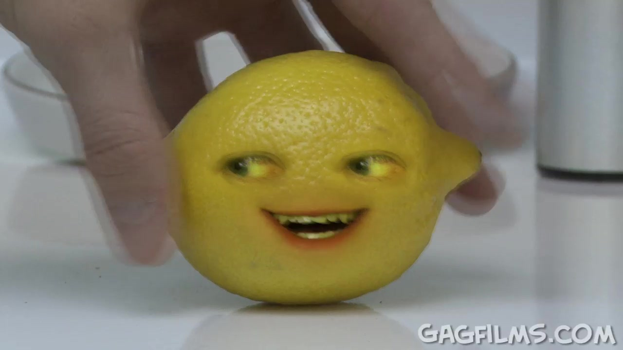 Annoying Orange Wazzup