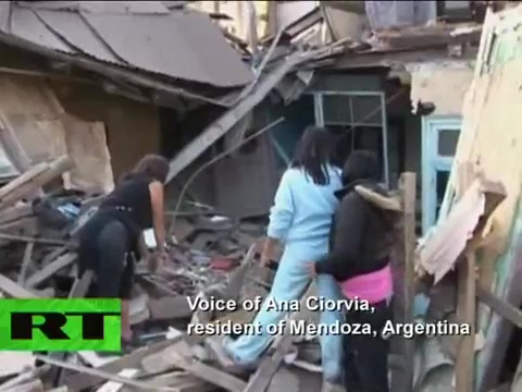 Video of Chile quake witnesses and Hawaii tsunami alerts