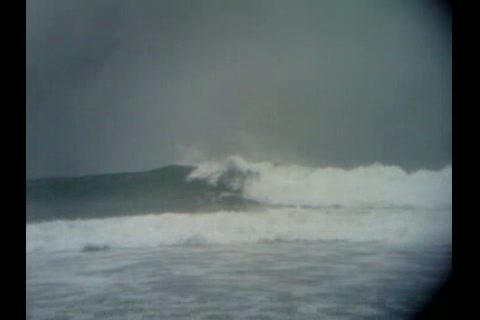 9/18/10 AWESOME SURFING @ HURLEY TRESTLES