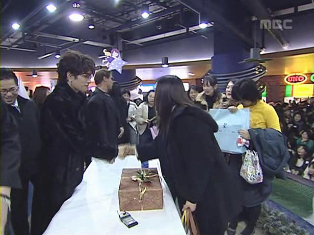 [Gackt] 2005.01.09 Korea TV Program