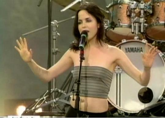 The Corrs - Live at Solidays '99 Part 1/7