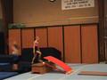 20070227 Voorbereiding overslag salto --  plank-kast-kuil