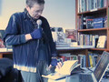 Laurie Anderson reading ?Night Life?, new book of drawings / part 2/2