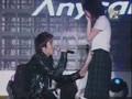 Seung Ri @ MTV School Attack with fan