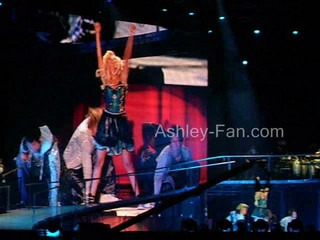 Headstrong By ASHLEY T. LIVE IN ARGENTINa