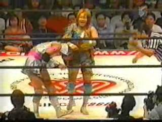 Kayo Noumi vs Rie Tamada, AJW 6/16/02.