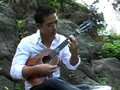 Jake Shimabukuro ... awesome ukulele playing