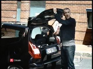 Citroen C2 DeeJay - 2006 italian advert very funny